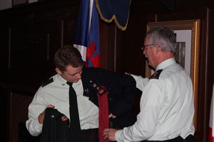 CO LCol Sawyer exchangeing jackets with Youngest Pte